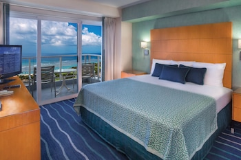 One-Bedroom Ocean View Suite – Resort Fee Included