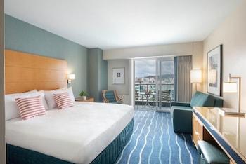 Waikiki Tower City / Mountain View – Resort Fee Included