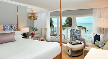 Premium Beachfront 1 King Bed (Beach house)