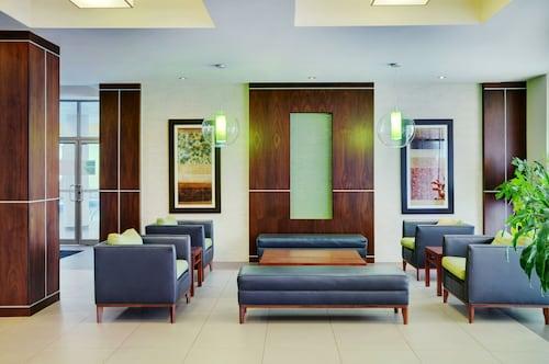 . Allure Hotel & Conference Centre