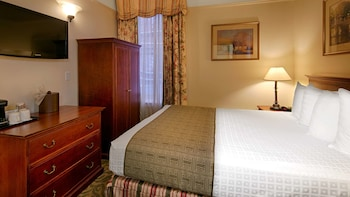 Economy Room, 1 Queen Bed, Non Smoking (Small room)