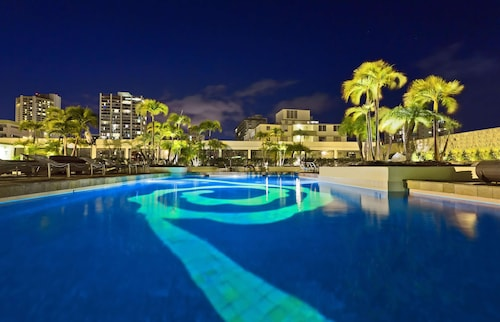 __{offers.Best_flights}__ Hilton Waikiki Beach