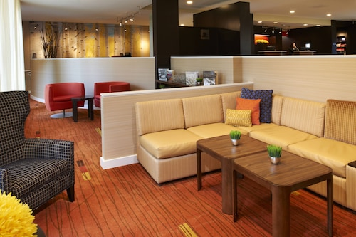 . Courtyard by Marriott Minneapolis-St. Paul Airport