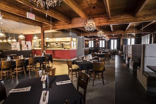 Valhalla Inn, Thunder Bay