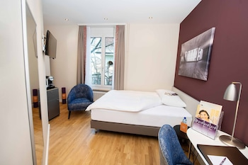 Standard Room, 1 Twin Bed, City View