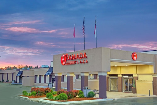. Ramada Plaza & Conf Center by Wyndham Charlotte Airport