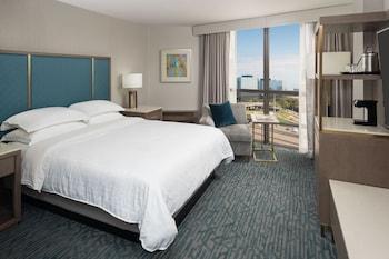 Club Room, 1 Queen Bed