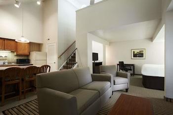 Hotel - Hawthorn Suites By Wyndham Troy, MI