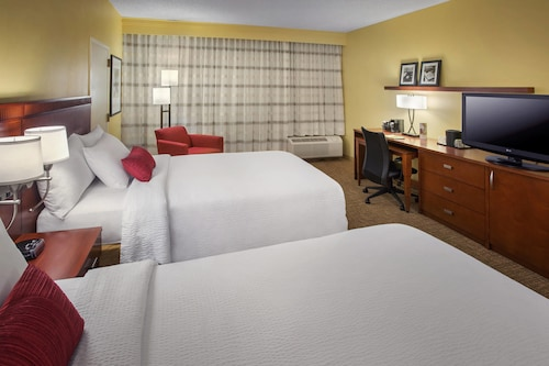 Courtyard by Marriott Tarrytown Westchester County, Westchester