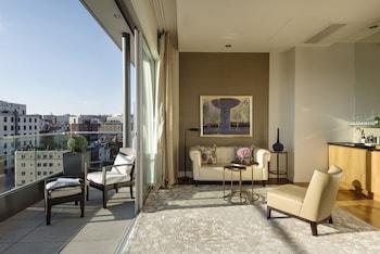 Signature Suite, Terrace