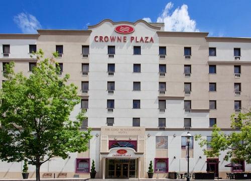 . Crowne Plaza Fredericton-Lord Beaverbrook, an IHG Hotel