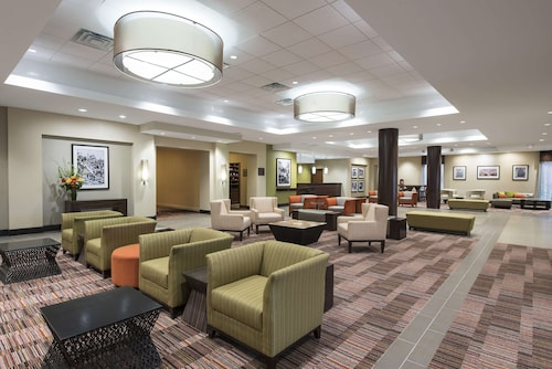 . DoubleTree by Hilton Grand Rapids Airport