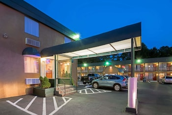 Travelodge by Wyndham Beckley
