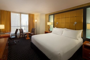 Superior Room, 1 King Bed (Ball Drop View)