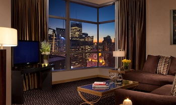 Suite, 1 Bedroom (Time Square View)