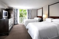 Hotel room image 211803708