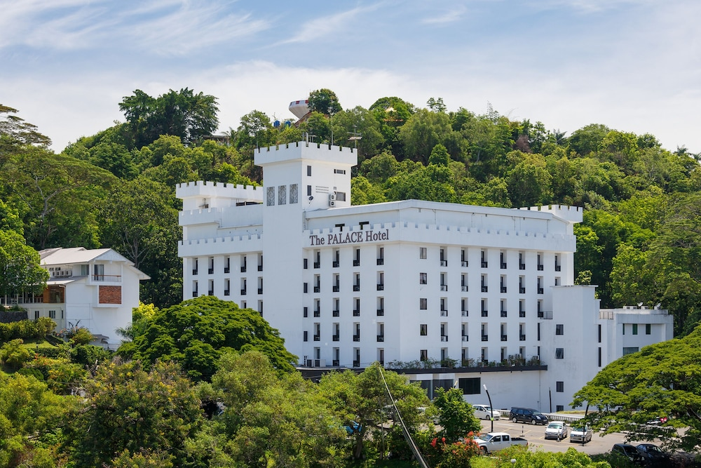 哥打京那巴魯皇宮飯店