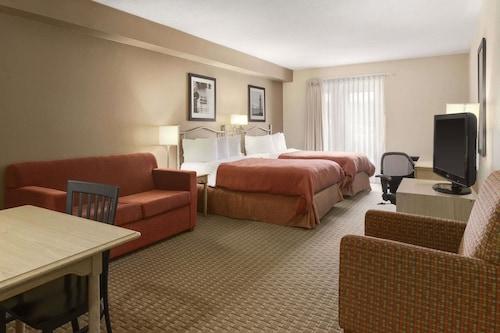 Travelodge Suites by Wyndham Saint John, Saint John