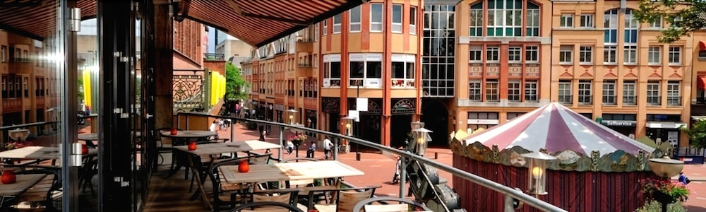 크라운 인 호텔 아인트호벤(Crown Inn Hotel Eindhoven) Hotel Image 17 - Terrace/Patio