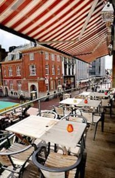 크라운 인 호텔 아인트호벤(Crown Inn Hotel Eindhoven) Hotel Image 16 - Outdoor Dining