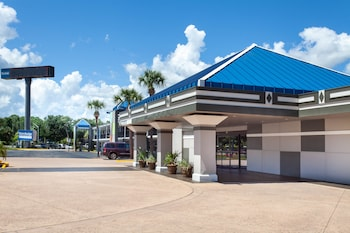 Hotel - Travelodge by Wyndham Deltona