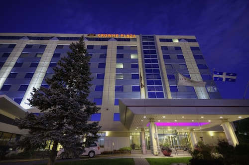 . Crowne Plaza Montreal Airport, an IHG Hotel