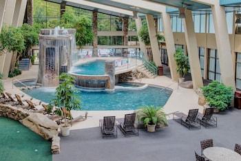 Hotel - Glenstone Lodge