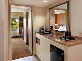 King, Premium Suite, 1 King Bed, Non Smoking