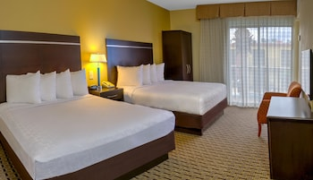 Single Room, 2 Queen Beds
