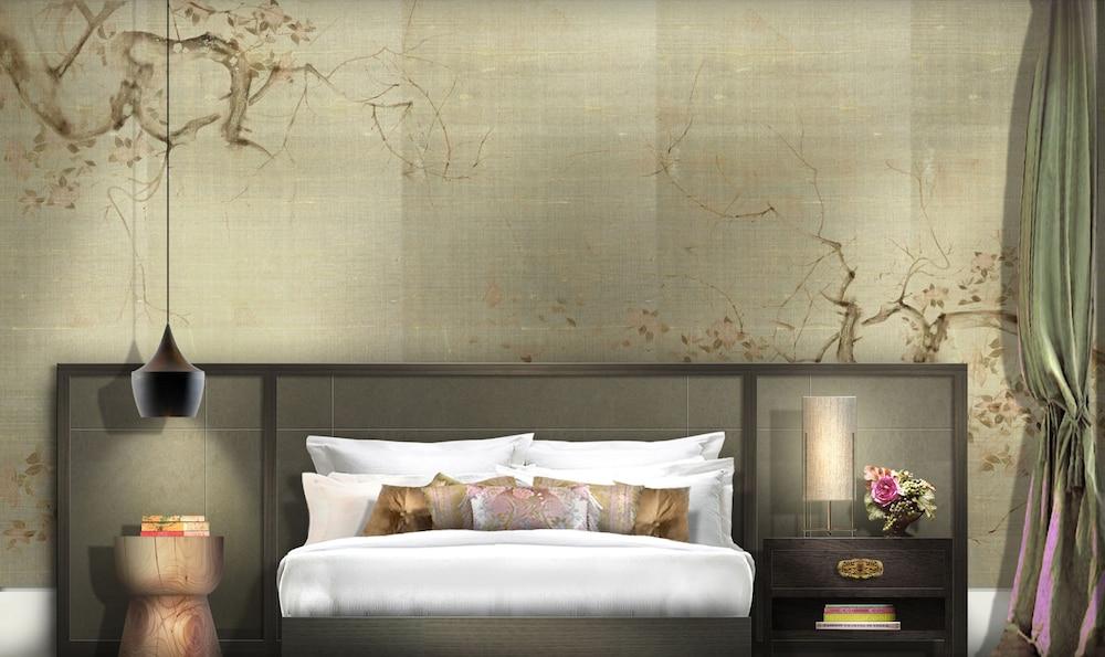 https://i.travelapi.com/hotels/1000000/30000/25700/25691/4ae660aa_z.jpg