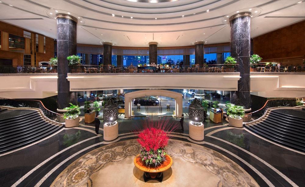 https://i.travelapi.com/hotels/1000000/30000/25700/25691/51eb4913_z.jpg