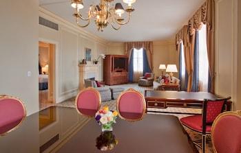 Suite, 2 Double Beds (Millennium)