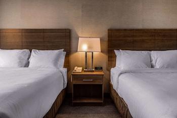 Quadruple Room, 2 Queen Beds