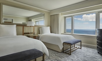 Lake View Room, 2 Double Beds