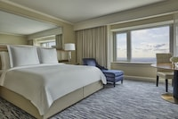 Executive Suite, City View
