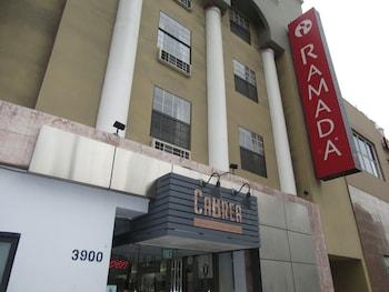 洛杉磯威爾希爾中央溫德姆華美達飯店