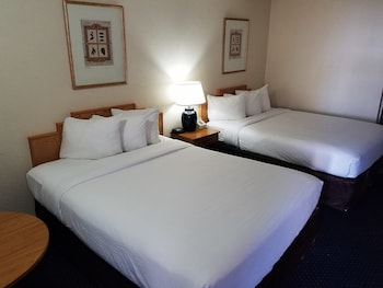 Standard Room, 2 Double Beds (Smoke Free)