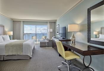 Room, 1 King Bed, View (Coronado)