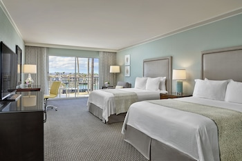 Room, 2 Double Beds, Marina View