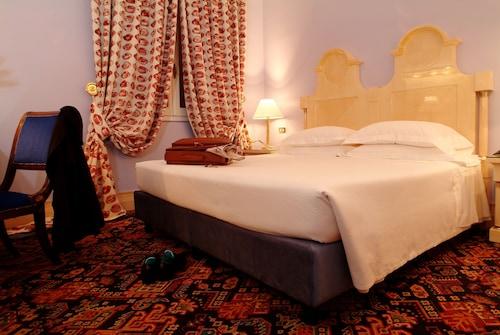__{offers.Best_flights}__ Hotel Albani Firenze