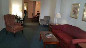 Guestroom at Salisbury Hotel in New York