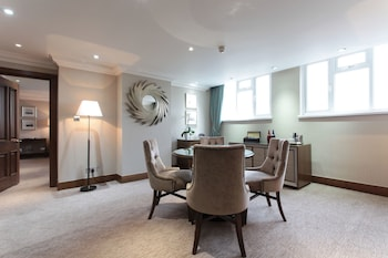 Waterloo Suite