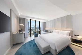Oda, 1 En Büyük (king) Boy Yatak, Balkon, Dağ Manzaralı