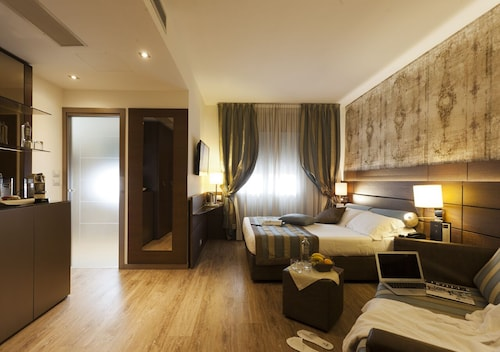 . LH Hotel Sirio Venice****