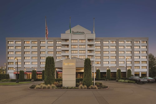 . Radisson Hotel Seattle Airport