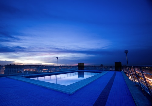 __{offers.Best_flights}__ Expo Hotel