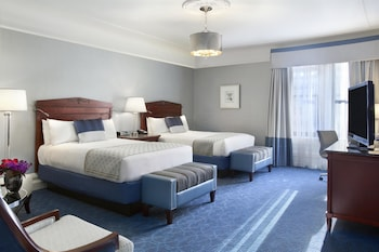 Fairmont Gold, Club Double Room, 2 Double Beds