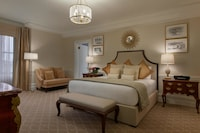 Presidential Suite, 1 King Bed, Non Smoking, Park View