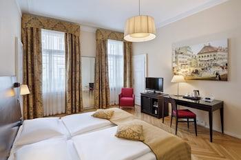Executive Triple Room, 2 Twin Beds