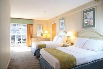 Standard Room, 2 Double Beds (1st Floor Side Ocean View)